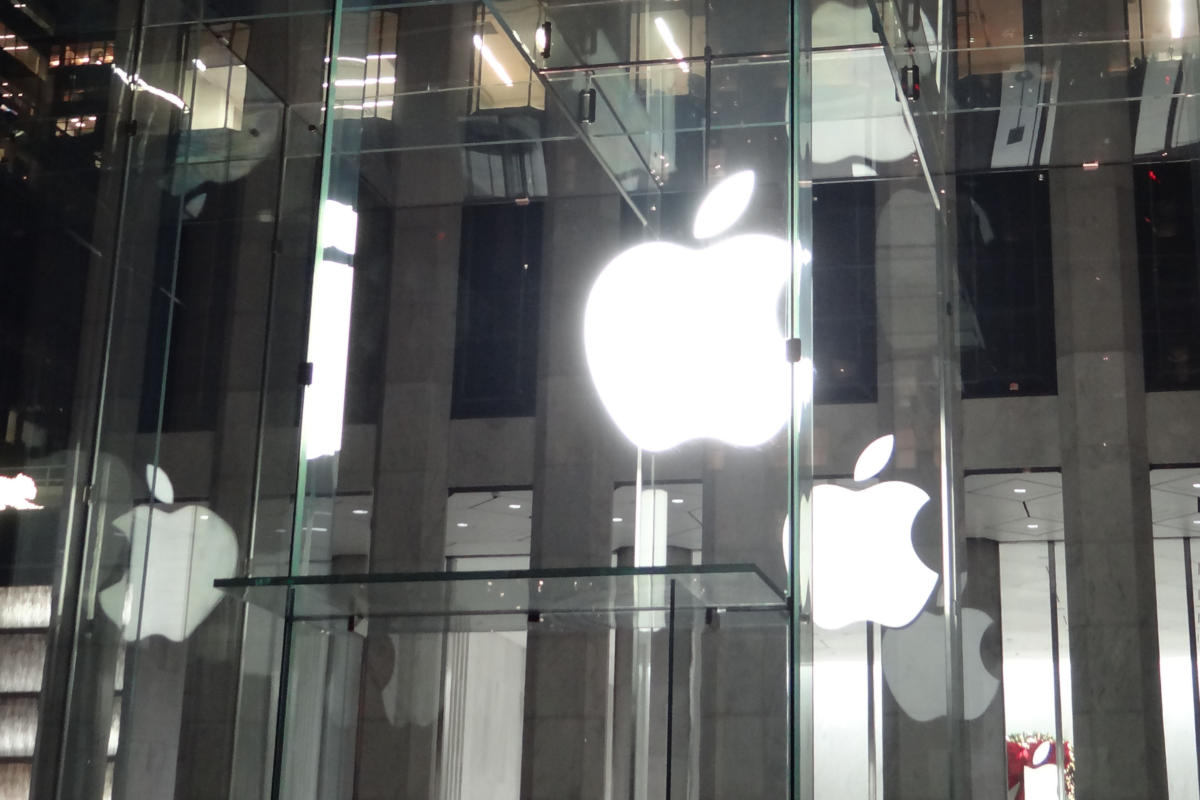 11 essential business administration insights from Apple's Q3